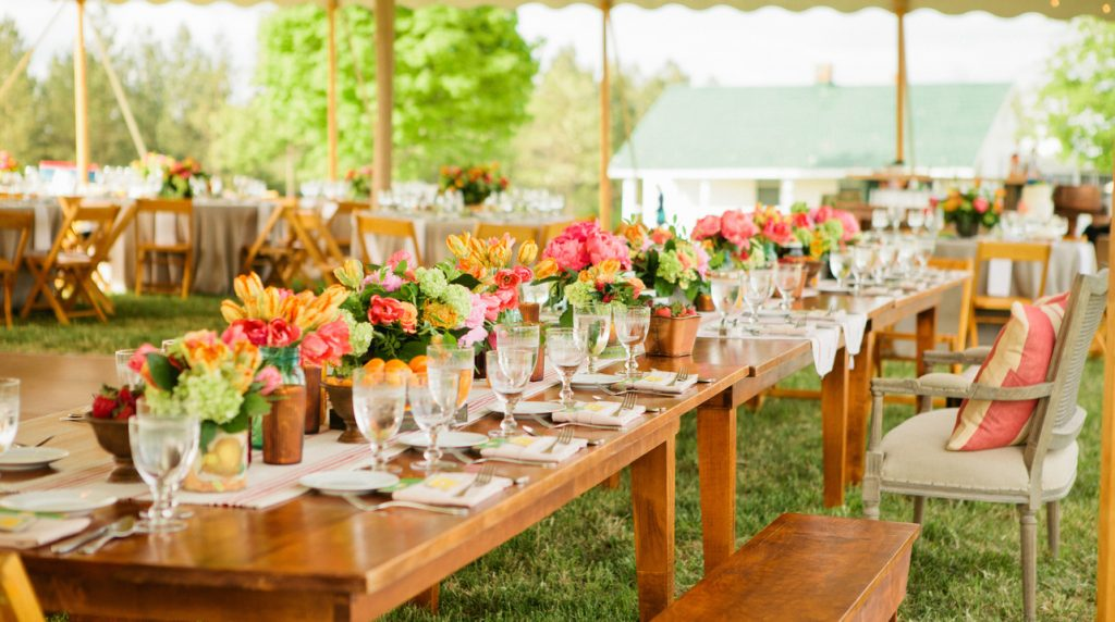 Choose The Right Wedding Caterer With These Simple Tips